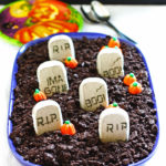 Halloween Dirt Cake is sure to be a fun dessert for your Halloween. This is a quick and easy recipe.